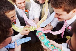 Coloured & patterned neck ties